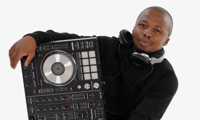 DJ David Goldear